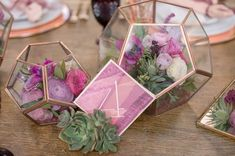 Phenomenal 22 Aloha Wedding Decoration https://weddingtopia.co/2018/02/22/22-aloha-wedding-decoration/ Whether you choose a genuine rustic or a truly glamorous theme for your fall wedding, the main matter to think about is the theme.