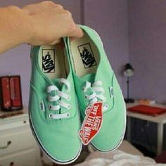 I had these, but i grew out of them! :'( so sad, so i want a new pair