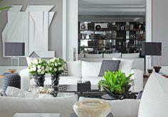 Decor Salteado - Blog de Decoração e Arquitetura : Apartamento com salas de estar, jantar e varanda com decoração branco, preto e cinza - lindas!
