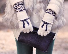 gloves with bows