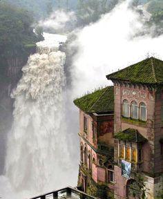 El Hotel del Salto: Colombia