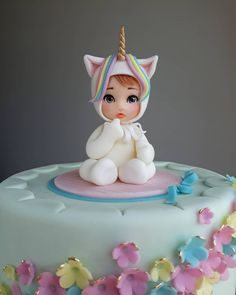 Baby girl-unicorn - cake by Couture cakes by Olga Fondant Baby, Fondant Cakes, Cake Baby, Baby Cake Topper, Fondant Rose, Fondant Flowers, Cupcakes, Cupcake Cakes, Bolo Laura