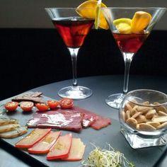 ¡Vaya lujo! Martini y...    https://www.facebook.com/VinotecadeConis
