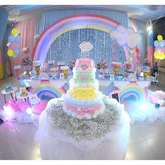 """1,773 curtidas, 20 comentários - Festa Infantil Oficial (@festainfantiloficial) no Instagram: """"Sonho de festa chuvada amor por @sonhosfestasbuffet #inspiracao #chuvadeamor…"""""""