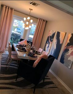 Dining Room Table Decor, Decor Home Living Room, Room Decor Bedroom, Home Bedroom, Living Room Designs, Home Decor, First Apartment Decorating, Apartment Ideas, Girl Apartment Decor