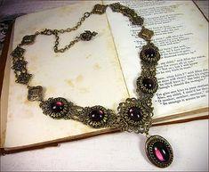 Renaissance Halskette lila Juwel, Amethyst, Tudor Kostüm, viktorianischen Choker, Ren Faire, Mittelalterliches Collier, die Wahl der Farbe & Finish