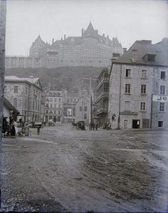 Capauxdiamants added a new photo. Quebec Montreal, Old Quebec, Montreal Canada, Quebec City, Chute Montmorency, Samuel De Champlain, Chateau Frontenac, Photo Vintage, Vintage Photos