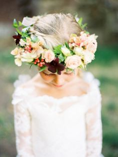 Flower girl with a coral, peach and magenta flower crown: http://www.stylemepretty.com/2016/08/10/best-fall-wedding-color-palette/ Photography: Jen Rodriguez - http://www.jen-rodriguez.com/