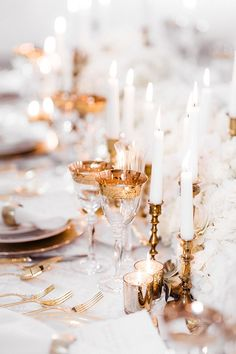 Pure romance that will make you weak in the knees due to its endless, soft modern romance wedding inspiration overload. Gold Wedding Gowns, Gold Wedding Theme, Chic Wedding, Wedding Trends, Wedding Decor, Wedding Ideas, Modern Romance, Pure Romance, Wedding Reception Design