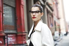 Check out Walker st., New York, one of the exclusive pictures shot by Scott Schuman in New York for Faces by The Sartorialist. The Sartorialist, Miu Miu Glasses, Scott Schuman, Nerd, Mode Inspiration, Wonder Woman, Glamour, Fashion Outfits, My Style