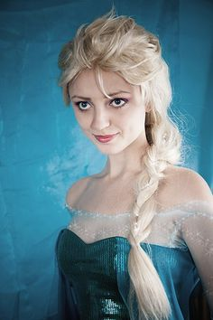 Elsa #cosplay (from Frozen) by ormeli