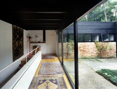 Pleasing and high quality images of all sorts of interiors and exteriors Even large spaces make me...