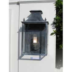 Lovely Outdoor Coach Lighting