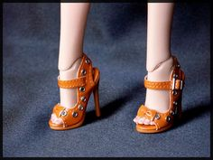 how cute doll shoes
