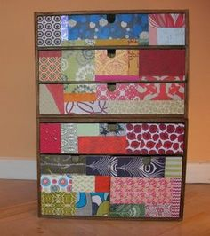 Cajonera forrada con papel Ikea Boxes, Upcycled Furniture, Diys, Decorative Boxes, Paper Crafts, Quilts, Blanket, Ikea Ideas, Frame