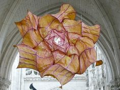 Peter Gentenaar's Ethereal Paper Sculptures Float in the Air Like Jellyfish