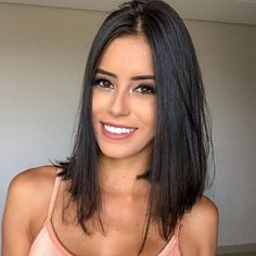 67 Short Bob Hairstyles 2019 for Women - Hairstyles Trends Short Dark Hair, Short Straight Hair, Short Hair Cuts, Long Bob Haircuts, Long Bob Hairstyles, Medium Hair Styles, Short Hair Styles, Hair Lengths, Hair Trends