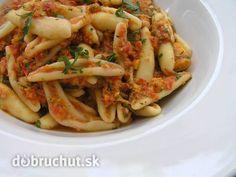 "Cestoviny s rýchlou ""raw"" paprikovou omáčkou Raw Food Recipes, Shrimp, Paleo, Meat, Chicken, Cooking, Ethnic Recipes, Raw Recipes, Food Food"
