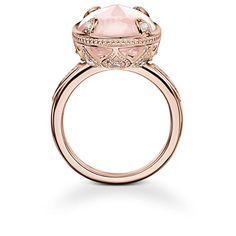 THOMAS SABO Ring from the Fine Jewellery Collection. A radiant oval lens-cut quartz and an artful, diamond-embellished setting make this Royal Lotos ring crafted from 18k rose gold a truly extraordinary piece.