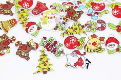 Christmas Wood Button X'mas Holiday Wooden by boysenberryaccessory Christmas Mix, Christmas Wood, Xmas Holidays, Sewing A Button, Little Things, Pattern, Handmade, Stuff To Buy, Hand Made