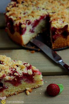 proste ciasto z truskawkami Sandwich Cake, Polish Recipes, Pumpkin Cheesecake, How Sweet Eats, Fun Desserts, Awesome Desserts, Cake Cookies, No Bake Cake, Sweet Treats