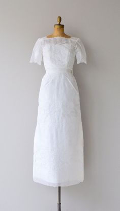 Donderry wedding gown vintage 60s wedding dress by DearGolden