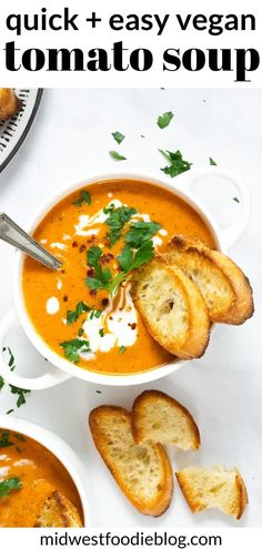 Less than 10 ingredients and 25 minutes is all that stands between you and the perfect family dinner - this hearty vegan tomato soup! Veggie Recipes, Soup Recipes, Healthy Recipes, Veggie Dishes, Healthy Soup, Healthy Snacks, Dinner Recipes, Healthy Eating, Vegan Tomato Soup
