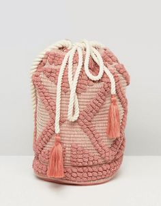 Shop South Beach Drawstring Shoulder Bag In Lullaby Pink. With a variety of delivery, payment and return options available, shopping with ASOS is easy and secure. Shop with ASOS today. South Beach, Style Rose, My Style, Look Fashion, Fashion Bags, Paris Fashion, Street Fashion, Asos, Outfit
