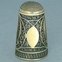Ca 1800, antique English Thimble