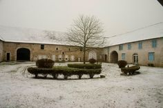 La Roche Campus under the snow www.huparis.eu