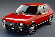 "Fiat Ritmo Abarth The ""hot hatch"" version of the Ritmo was the last model built on a separate Abarth production line Fiat 500, Automobile, Fiat Cars, Top Cars, Car Car, Car Pictures, Volvo, Cars And Motorcycles, Vintage Cars"