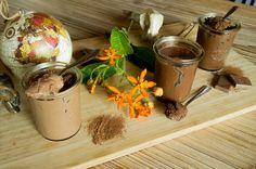 Vegan Challenge : Mousses au Chocolat Vegan Versus Mousse Traditionnelle Vegan Challenge, Moscow Mule Mugs, Mousse, Tableware, Blog, Traditional, Fine Dining, Recipe, Dinnerware