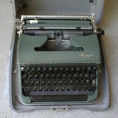 Vintage Typewriter De Luxe Made in Western Germany by ChompMonster, $49.99 #chompmonster #etsy #typewriter