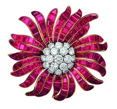 "Van Cleef & Arpels Brooch Daisy , 1964 (yellow gold, platinum,    rubies in the ""invisible frame"", diamonds)"