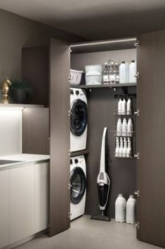 Modern Laundry Rooms, Laundry Room Layouts, Laundry Room Organization, Laundry In Bathroom, Organization Quotes, Küchen Design, House Design, Wall Design, Laundry Room Inspiration