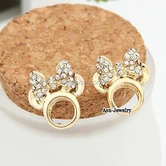 A0317310 Minnie Mouse Head Earring Gold 33 000