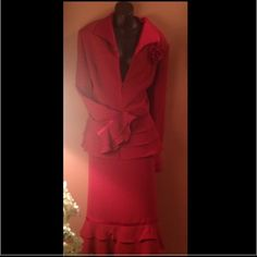 Clearance-Gorgeous Red 2pc suit w/ satin trim Hello gorgeous... What a beauty!.. Christmas, Valentine or anytimeNEW WITH TAGS (NWT)...final sale-no additional discounts or offers Dresses