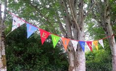 Summer In The Park - Jelly Roll Quilt, Jan 2014 Sam & Levi Bunting July 2014 June 2014 - Alishas Quilt Part of the Red. Summer In The Park, Personalised Bunting, Jellyroll Quilts, Kona Cotton, About Me Blog, Sewing, Gallery, Robots, Outdoor Decor