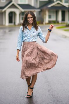 and she Dressed . . .: Chambray Delight