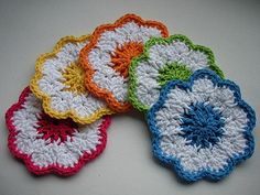 If you'd like to see a tutorial on making the springtime coaster, Connie (conicuts on ravelry) did a wonderful job making this video tutorial that you can see here: