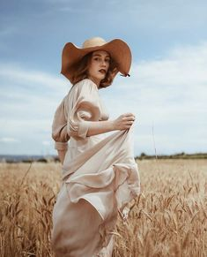 Wheat Fields, Cowboy Hats, Memories, Model, Photography, Inspiration, Instagram, Addiction, Natural