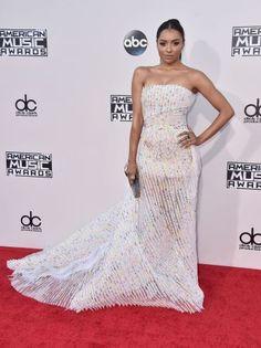 2015 American Music Awards- myblondeambitions.com