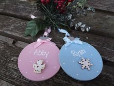 PERSONALISED CHRISTMAS BAUBLE - hand-painted wooden Xmas tree decoration with… Christmas Plaques, Christmas Gift Tags, Christmas Crafts, Christmas Décor, Xmas Gifts, Christmas Ideas, Wooden Xmas Trees, Wooden Christmas Decorations, Snowflake Decorations