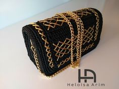 Crotchet Bags, Knitted Bags, Canvas Purse, Tapestry Bag, Crochet Purses, Knit Fashion, Beautiful Crochet, Purses And Bags, Coin Purse