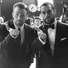 Chris Evans and Henry Cavill sending kisses at Baftas  I JUST DIED! They should ALWAYS be together. Always.