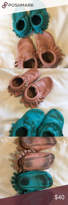 Freshly Picked Bundle. GUC. Second owners but they are too big for my 21 month old. They are size 6. Freshly Picked. Just some wear on the bottoms. Have lots of life left. Tops are in great condition! Real leather. Freshly Picked Shoes Moccasins
