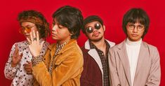 IV of Spades fans, you're not doing the band any favors - SCOUT Magazine Travis Scott Wallpapers, King Of Spades, Finger Wave Hair, Aesthetic Pastel Wallpaper, Toddler Gifts, Kawaii Anime Girl, Retro, Album Covers, Cool Photos