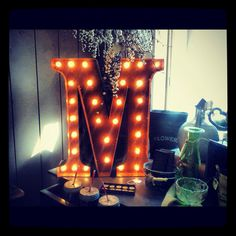 Vintage Marquee Light on a vanity. this would make me feel like a broadway star