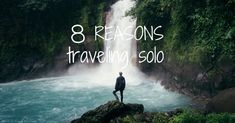 Eight reasons why you should start traveling solo right away. Enjoy the freedom, live unique experiences, make new friends, learn how to depend on yourself. Solo Travel, Us Travel, Learning To Be Alone, Do What You Want, Make New Friends, Travel Alone, New Adventures, Meeting New People, Far Away