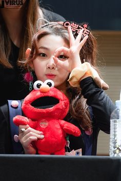 gugudan - mina Kpop Girl Groups, Kpop Girls, Jin, Ioi Members, Asian Fashion, Entertainment, Celebrities, Pretty, Cute
